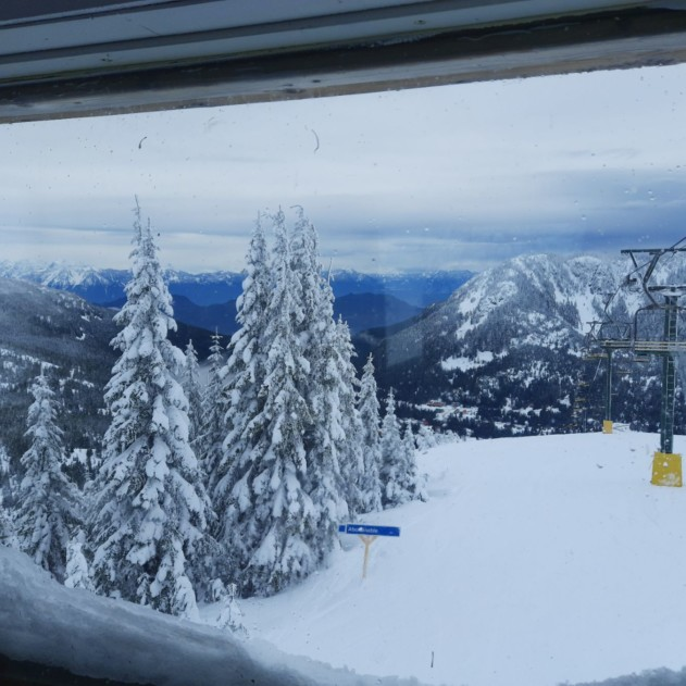 This image shows the views from the top of Sasquatch Mountain in British Columbia.
